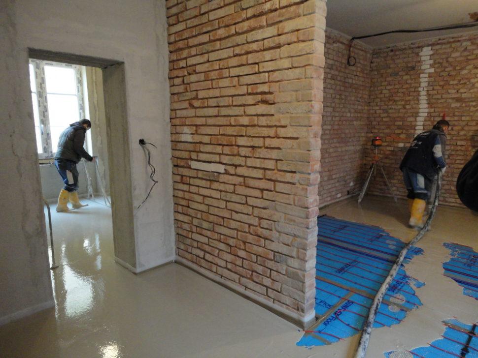 Lití anhydritové podlahy v bytovém domě
