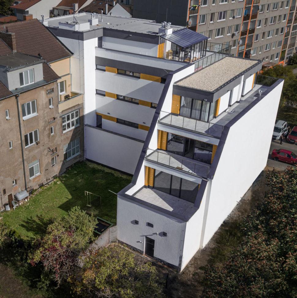 Bydlení naVýstavní - exteriér pohled zadní